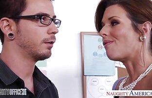 Vollbusige gay webcam latino tatowierte Schlampe